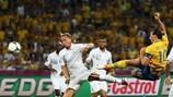 Zlatan Ibrahimović vuela ante Francia