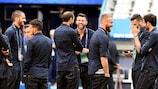 L'Italia sul terreno di gioco dello Stade de France alla vigilia della sfida contro la Spagna
