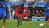Éder segna il gol che decide la finale di UEFA EURO 2016