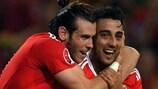 Gareth Bale y Neil Taylor: Juntos. Más fuertes.