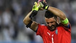 Gianlugi Buffon depois da eliminação da Itália