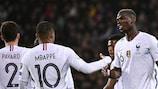 Kylian Mbappe et Paul Pogba célèbrent la large victoire des Bleus en Moldavie