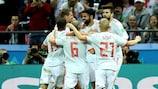 Los jugadores de España celebran el 1-0