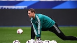 Manuel Neuer training ahead of Gernany's UEFA Nations League meeting with France