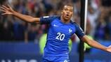 L'esultanza di Kylian Mbappé dopo il 4-0 della Francia sull'Olanda nelle qualificazioni alla Coppa del Mondo