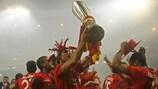 El Sevilla celebra su título