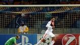Luiz Adriano tras marcar el primero de sus cinco goles ante el BATE