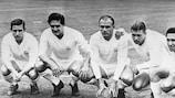 Los jugadores del Real Madrid Raymond Kopa, Héctor Ríal, Alfredo di Stéfano, Ferenc Puskás y Francisco Gento