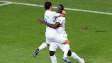 Silvestre Varela e João Moutinho festejam o golo da vitória marcado pelo primeiro