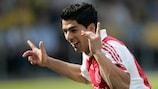 Incontenibile Suárez, Ajax in testa
