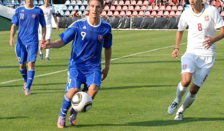 Sylvestr Signs On At Dinamo Uefa Europa League Uefa Com