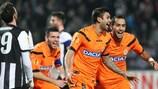 Danilo y Medhi Benatia celebran el primer gol de Udinese