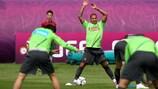 Рикарду Куарежма на тренировке сборной Португалии во время ЕВРО-2012
