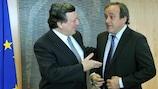 Il Presidente UEFA Michel Platini e il presidente della Commissione europea José Manuel Barroso