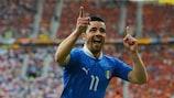 Antonio Di Natale jubelt über sein Führungstor für Italien