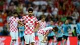 Eduardo mostra o desalento da Croácia após a derrota de 1-0 com a Espanha