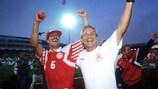 Richard Møller Nielsen feiert mit Kim Christofte den EM-Triumph 1992