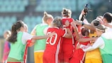 Russia celebrate beating Italy to top their group