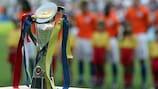 O troféu do Campeonato da Europa de Sub-21