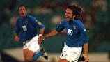 Andrea Pirlo après un but marqué pour l'Italie