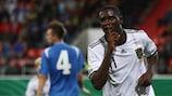 Peniel Mlapa erzielte beim Hinspiel in Griechenland drei Treffer