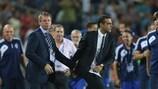 Os seleccionadores de Inglaterra, Stuart Pearce, e de Israel, Guy Luzon, despediram-se na última jornada do Grupo A