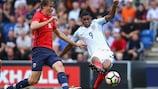 Marcus Rashford schießt sein erstes von drei Toren gegen Norwegen