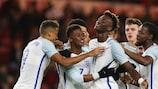 A Inglaterra celebra um golo frente à vizinha Escócia