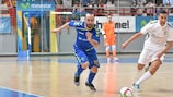 Ricardinho in action for Inter