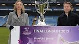 Faye White y Graeme Le Saux ayudaron en el lanzamiento de la venta de entradas para la final