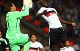 Goalkeeper Erwin Mulder of Feyenoord challenges Demba Ba