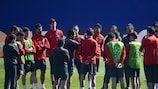 Diego Simeone gets the message across to his Atlético players
