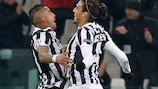 Juve's Vidal shares treble joy with fellow Chileans
