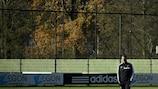 Frank de Boer oversees training on Monday