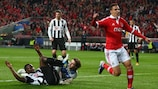 Benfica battle back to leave Newcastle bruised