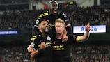 City celebrate Kevin De Bruyne's winner from the penalty spot