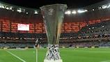 O troféu da UEFA Europa League