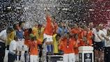 2006 : Huntelaar brille pour les Pays-Bas