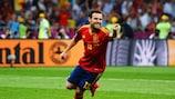 Juan Mata celebra após marcar o quarto golo da Espanha na final frente à Itália