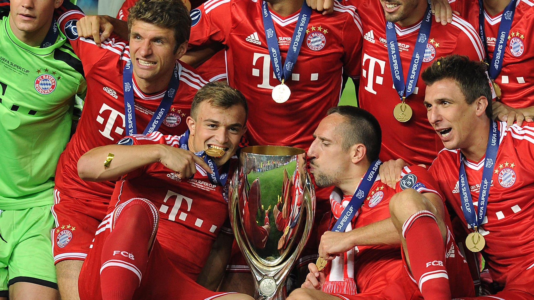 2013 Super Cup: Neuer puts an end to Chelsea hopes | UEFA ...