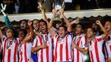 Los jugadores del Atlético celebran el título logrado en 2010 en Mónaco