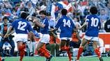 Jean Francois Domergue celebra uno de los goles de Francia en semifinales
