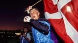 Peter Schmeichel celebra la victoria danesa en la EURO '92