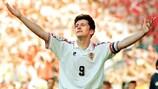 Davor Šuker celebra su segundo gol ante Dinamarca