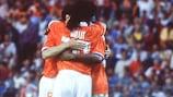 Los jugadores holandeses celebran uno de sus goles