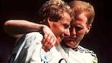 Jürgen Klinsmann und Matthias Sammer feiern ein Tor gegen Russland
