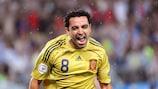Xavi Hernàndez festeggia il gol del vantaggio nella semifinale di UEFA EURO 2008 contro la Russia