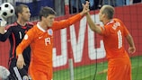 Klaas-Jan Huntelaar y Arjen Robben (Holanda)
