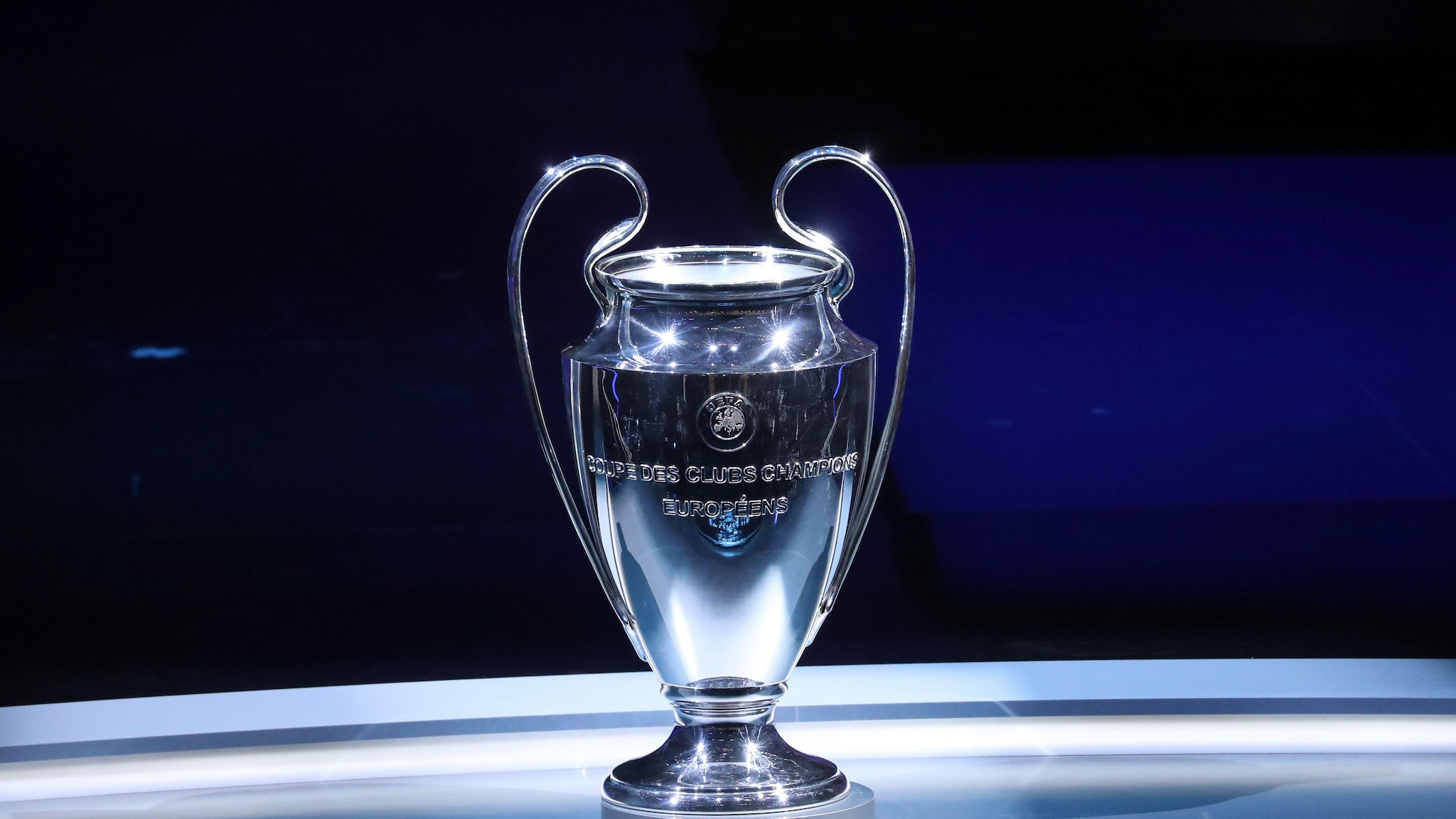 13+ Uefa Champions League Trophy