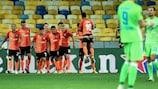 L'esultanza dello Shakhtar per uno dei tre gol segnati sul finale al Wolfsburg